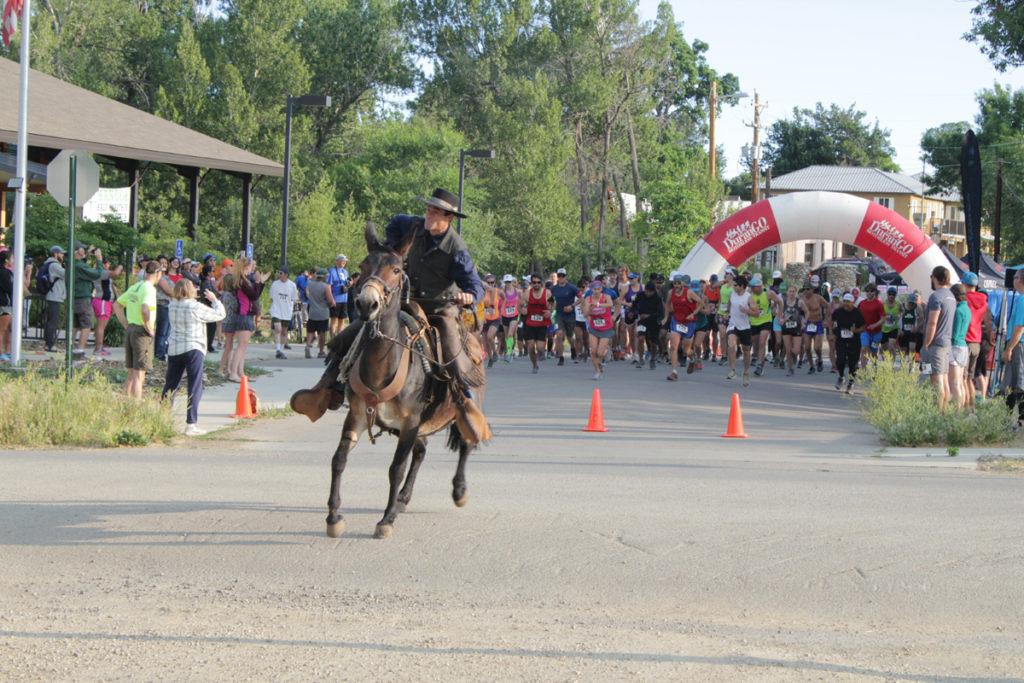 MANCOS COWBOY HALF MARATHON RACE START